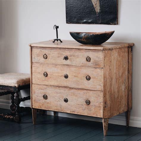 18th Century Swedish Gustavian Chest Of Drawers Www