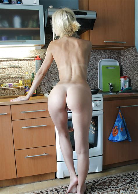 Milfs In The Kitchen Pics Xhamster