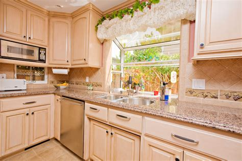 Grape Ideas For Kitchen by Wine Themed Kitchen With Wine Cooler And Grape Tile Details