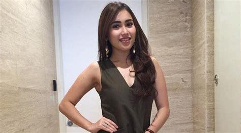 Nikita Mirzani Tahu Skandal Ayu Ting Hotel