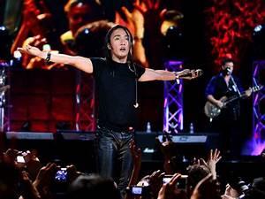 Journey and lead singer Arnel Pineda perform at Hard Rock ...