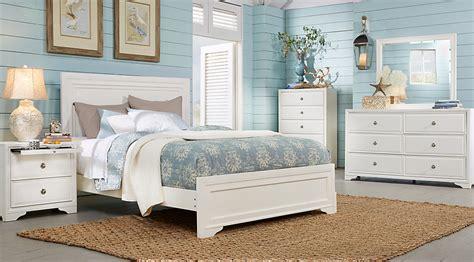 rooms to go mattress belcourt white 5 pc panel bedroom bedroom
