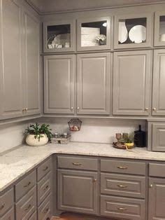backsplash images for kitchens white kitchen backsplash like the cabinet color 4264