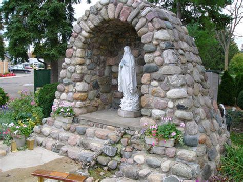 garden grotto designs favorite grotto gaps recipes pinterest prayer garden gardens and plants