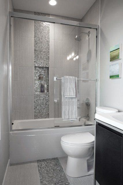 ideas for small bathroom renovations 25 best ideas about small bathroom designs on