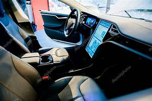 New Tesla Model S interior design – Stock Editorial Photo © ifeelstock #202636740
