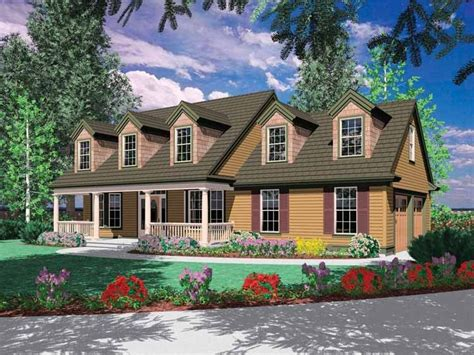 Colonial Style House Plan 4 Beds 2 5 Baths 2000 Sq/Ft