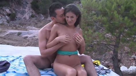 Desirable Brunette Girl Gets Fucked On The Beach In Mmf