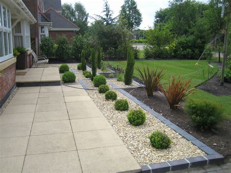 landscaping slabs picture 6 of 42 driveway landscaping luxury garden design jewsons paving slabs driveway