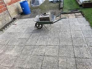 nouvelle terrasse chez les didoune au jardin forum With nettoyage terrasse dalles gravillonnees