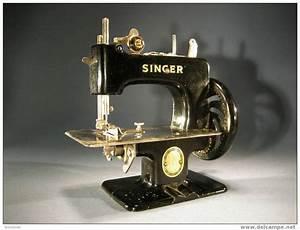 Petite Machine À Coudre : petite machine coudre ~ Melissatoandfro.com Idées de Décoration