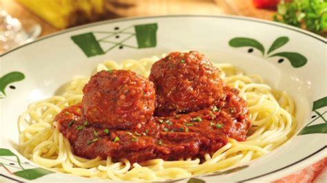 olive garden meals olive garden s large dilemma cold breadsticks market