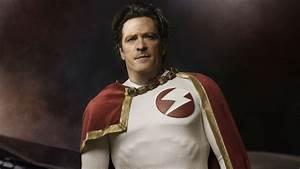 How Michael Madsen Plays The SupermanDoctor Manhattan Of