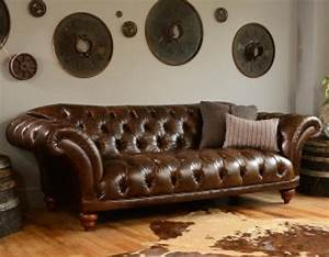 canape chesterfield ribchester tout capitonne longfield 1880 With tapis ethnique avec assise canapé chesterfield