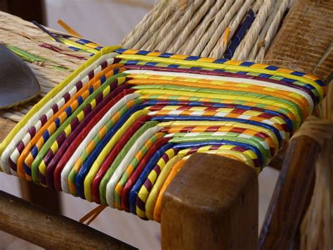 rempaillage d une chaise quot cannage rempaillage de chaises en ameublement formation et culture de seigle quot