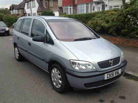 vauxhall grey vauxhall 2002 zafira 16v club grey car for sale