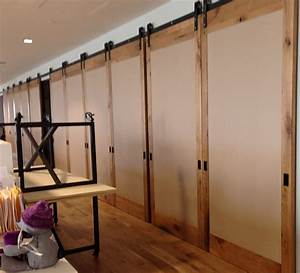 Large sliding barn doors large sliding doors for Big sliding barn doors