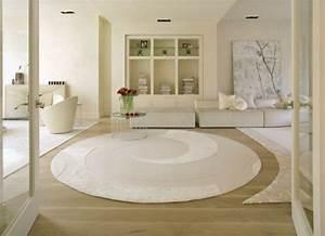 l39 interieur de la maison contemporaine salon design With tapis persan avec entretenir un canapé en cuir blanc