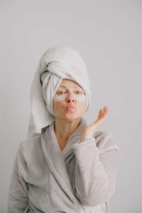 Kas notiek ar ādu, ilgstoši dzīvojot mājās? Padomi sejas ...