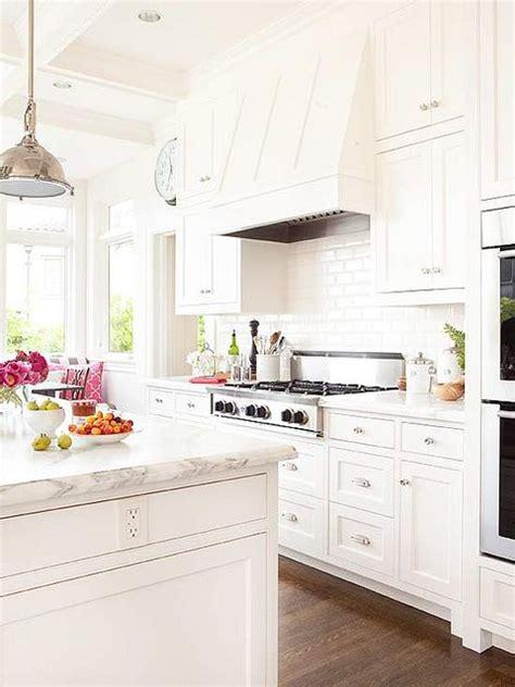 white kitchen     home kitchen styling