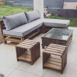 outdoor lounge sofa best 25 pallet outdoor furniture ideas on pallet sofa diy pallet and porch furniture