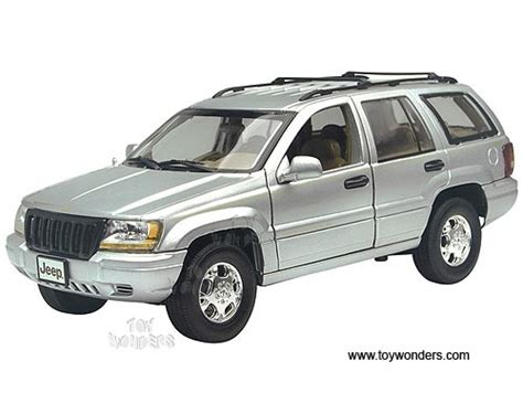 toy jeep cherokee jeep gr cherokee suv by motormax 1 18 scale diecast