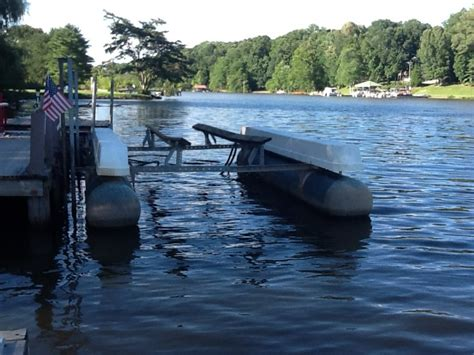 Boat Lifts For Sale Lake Norman by Hydro Hoist Boat Lift North Carolina Lake Norman 2000