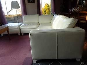 Salon Cuir Blanc : salon en cuir blanc andenne vezin 5300 ~ Teatrodelosmanantiales.com Idées de Décoration