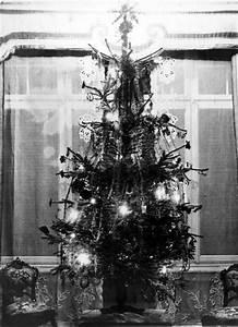 Geschmückter Weihnachtsbaum Fotos : 1910 geschm ckter weihnachtsbaum fotos auf ~ Articles-book.com Haus und Dekorationen