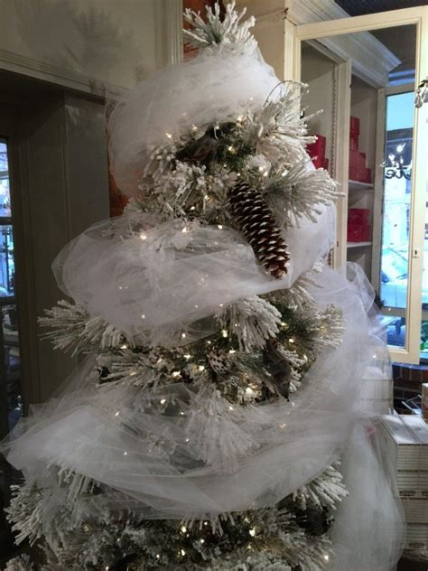 seasonal style  christmas tree decorating ideas