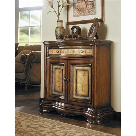 Entryway Accent Furniture by 500 50 643 Furniture Accents Accent Chest
