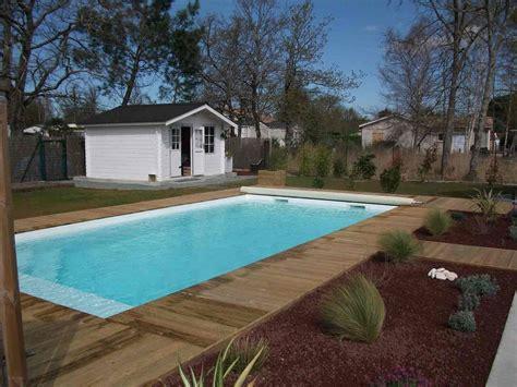 piscine coque avec terrasse caillebottis en bois en gironde