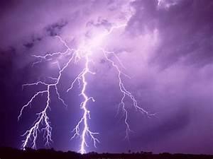 Lightning 1280x1024 Widescreen Wallpaper