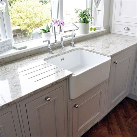kitchens with belfast sinks 17 best images about kitchen ideas on bespoke 6601