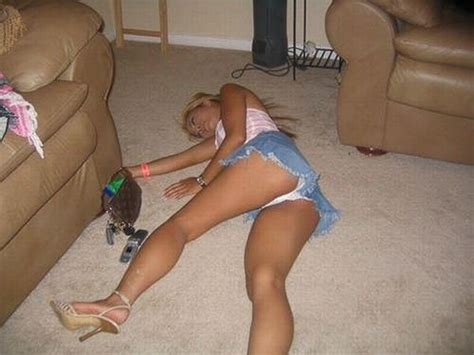 Best Sofa Sleepers 2014 by About Dangers Of Alcohol Part 2 118 Pics Izismile Com