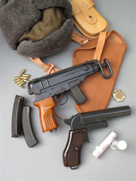 chambre froide a vendre essai armes pistolet cz skorpion vz 61 s calibre 7