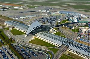 Le Bon Coin Parking Aeroport Nantes : saint exup ry a plane pour lyon l 39 influx ~ Medecine-chirurgie-esthetiques.com Avis de Voitures