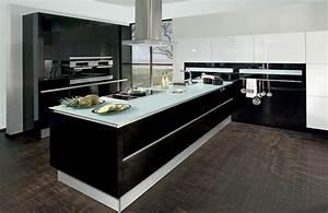 Moderne Küche Mit Insel : moderne k chen mit insel schwarz ambiznes com avec k che modern schwarz wei et prisma milieu ~ Orissabook.com Haus und Dekorationen