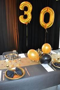 Décoration De Table Anniversaire : soir e chic 30 ans d co table noir et chemin de table ~ Melissatoandfro.com Idées de Décoration