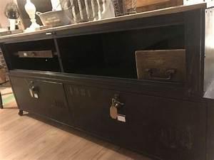 Meuble Industriel Vintage : meubles vintage occasion annonces achat et vente de meubles vintage paruvendu mondebarras ~ Nature-et-papiers.com Idées de Décoration