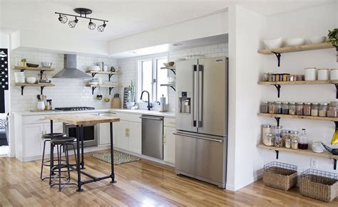 reasons    incorporate open shelving