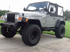Rough Country 4 Inch Lift Kit W   Shocks  97