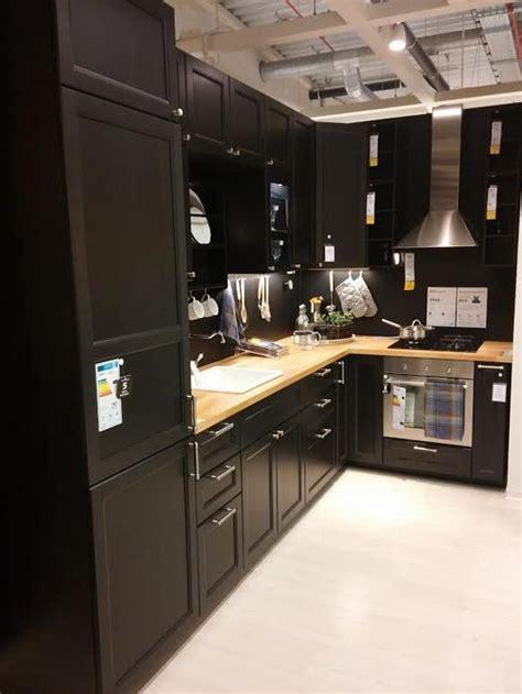 cuisine coloré décoration intérieure maison cuisine kitchen couleur
