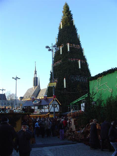 file weihnachtsbaum dortmund jpg wikimedia commons