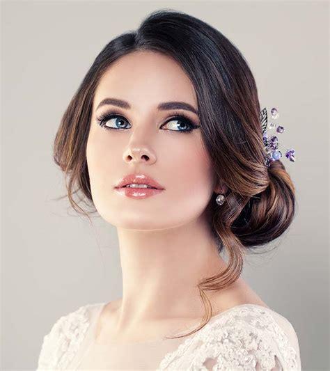 popular prom hairstyles  girls  medium length hair