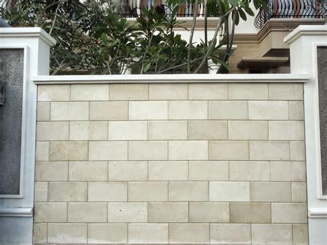 kenali karakter menarik jenis material dinding batu alam