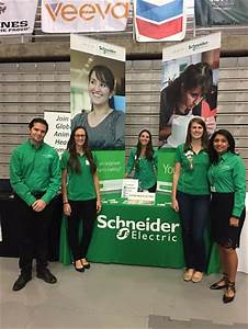 How To Sell Yourself In An Interview Information To Ace Your Next Career Fair Schneider