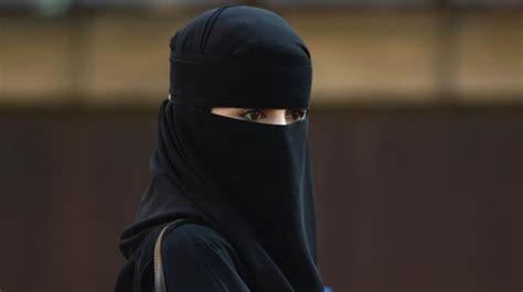 waste  time   remove hijab muslim woman told