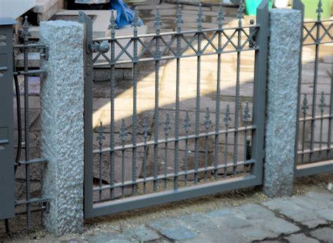 Das Tor Alles Ueber Die Oeffnung Im Zaun by Tore Gartent 252 Re 333