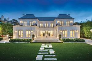 Palatial luxury mansion in melbourne with classical french for Architectural designs mansions